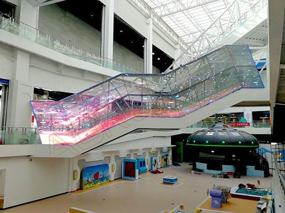"""政策加持、产品给力LED透明屏有望挑起传统市场的""""大梁""""?"""