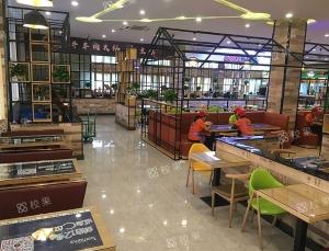 校果-北京工业大学 校园桌贴广告投放