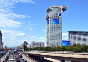 北京市朝阳区盘古大观户外LED显示屏