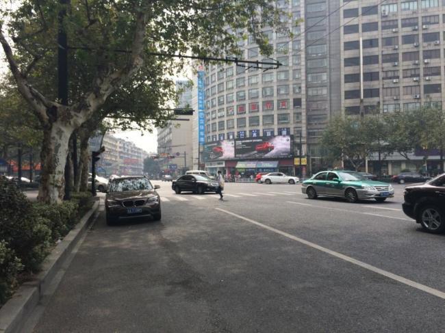 浙江省杭州市下城区农发大厦户外LED显示屏