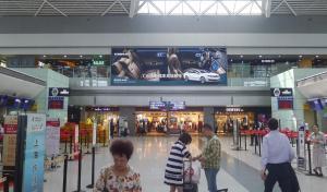 四川成都市双流区双流机场出发层灯箱广告媒体