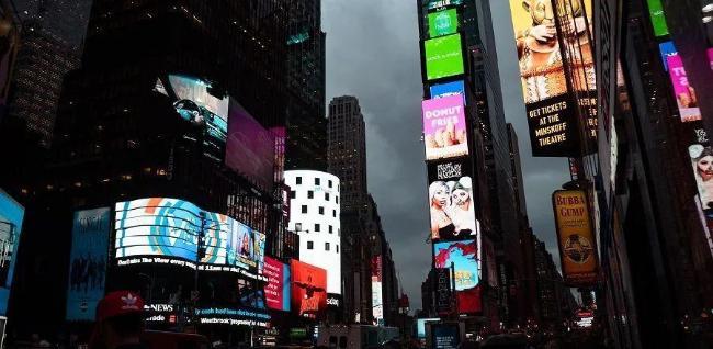 中国数字户外广告销售额达10亿美元!数字化转型10大关键在这里!
