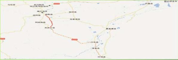 新疆乌鲁木齐乌拉泊老收费站附近高立柱工业园户外大牌