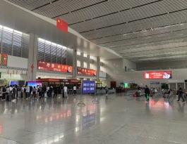 河南漯河漯河高铁站站内火车高铁灯箱广告