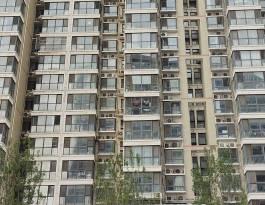 河南郑州花园路红专路高端住宅框架海报